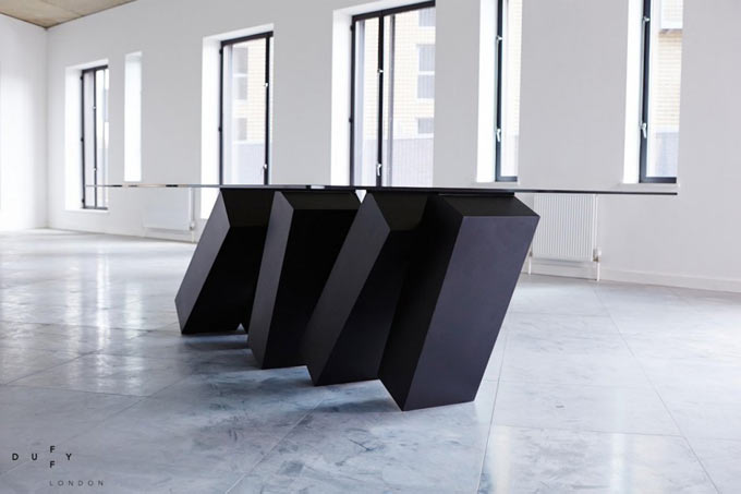 Design-Table-Megalith-Menhir-Christopher-Duffy-Duffy-London-01blogdeco_2