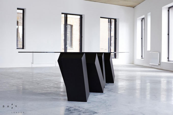 Design-Table-Megalith-Menhir-Christopher-Duffy-Duffy-London-01blogdeco_3