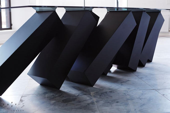 Design-Table-Megalith-Menhir-Christopher-Duffy-Duffy-London-01blogdeco_6